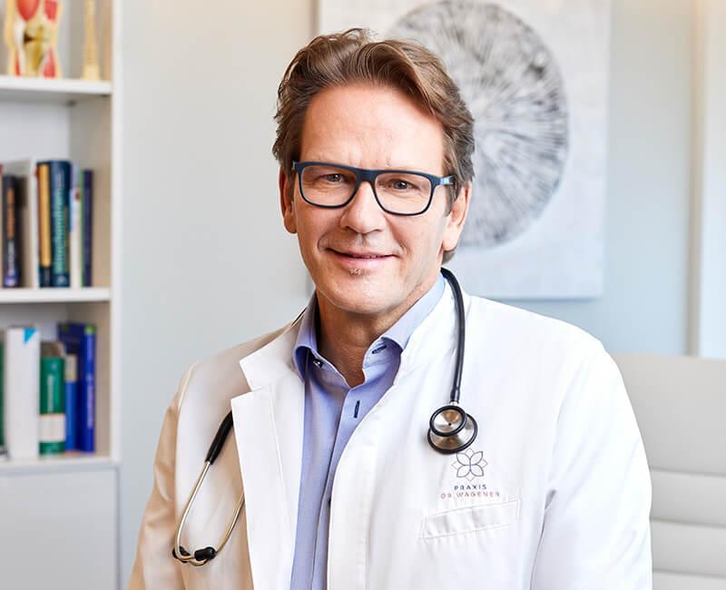 Hausarzt Dr. med. Michael Wagener Portraitbild